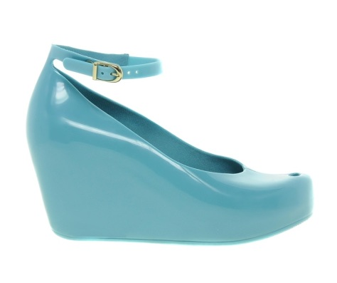 mel by melissa toffee apple heeled shoe