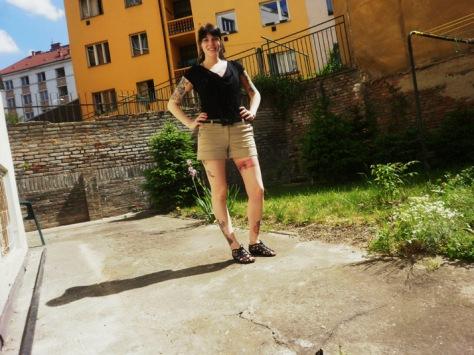 beige short shorts