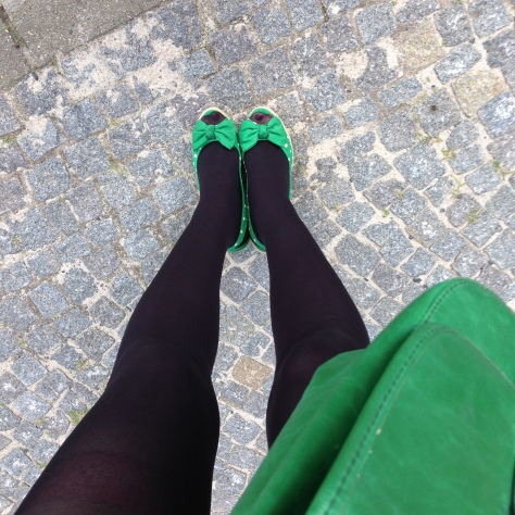 green shoes green bag