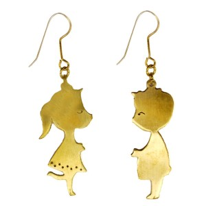 brass-boy-and-girl-kissing-earring_1024x1024