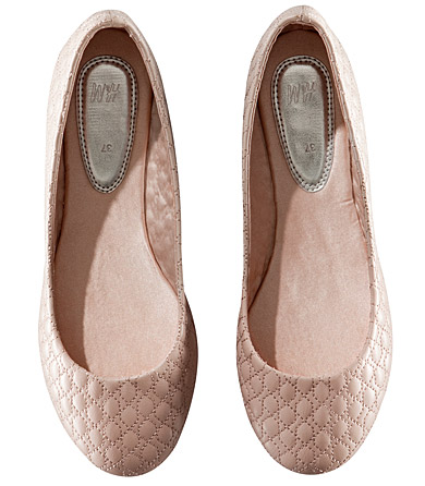 H&M quilted beige flats