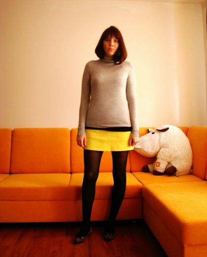 blink leo flats grey turtle neck yellow miniskirt